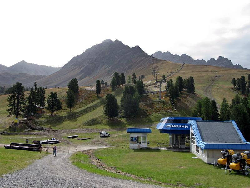 Bergkastel od hornej stanice lanovky.