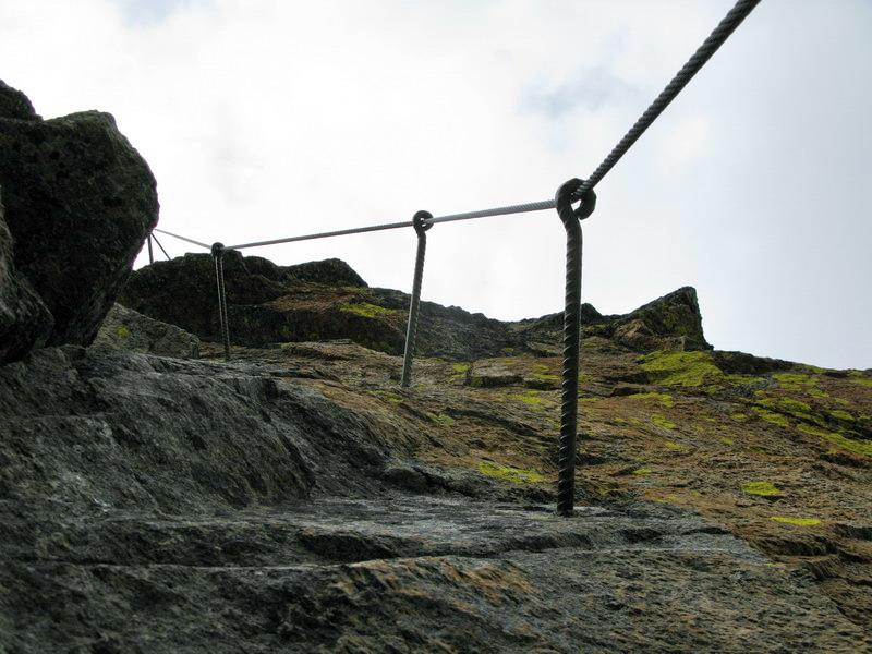 Ferrata je bez rebríkov a umelých stupov (kramlí).